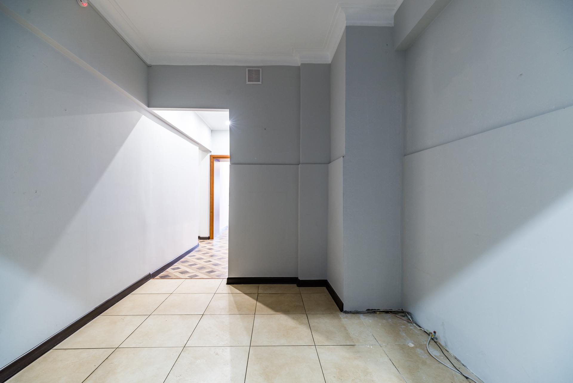 офис с отдельным входом 5