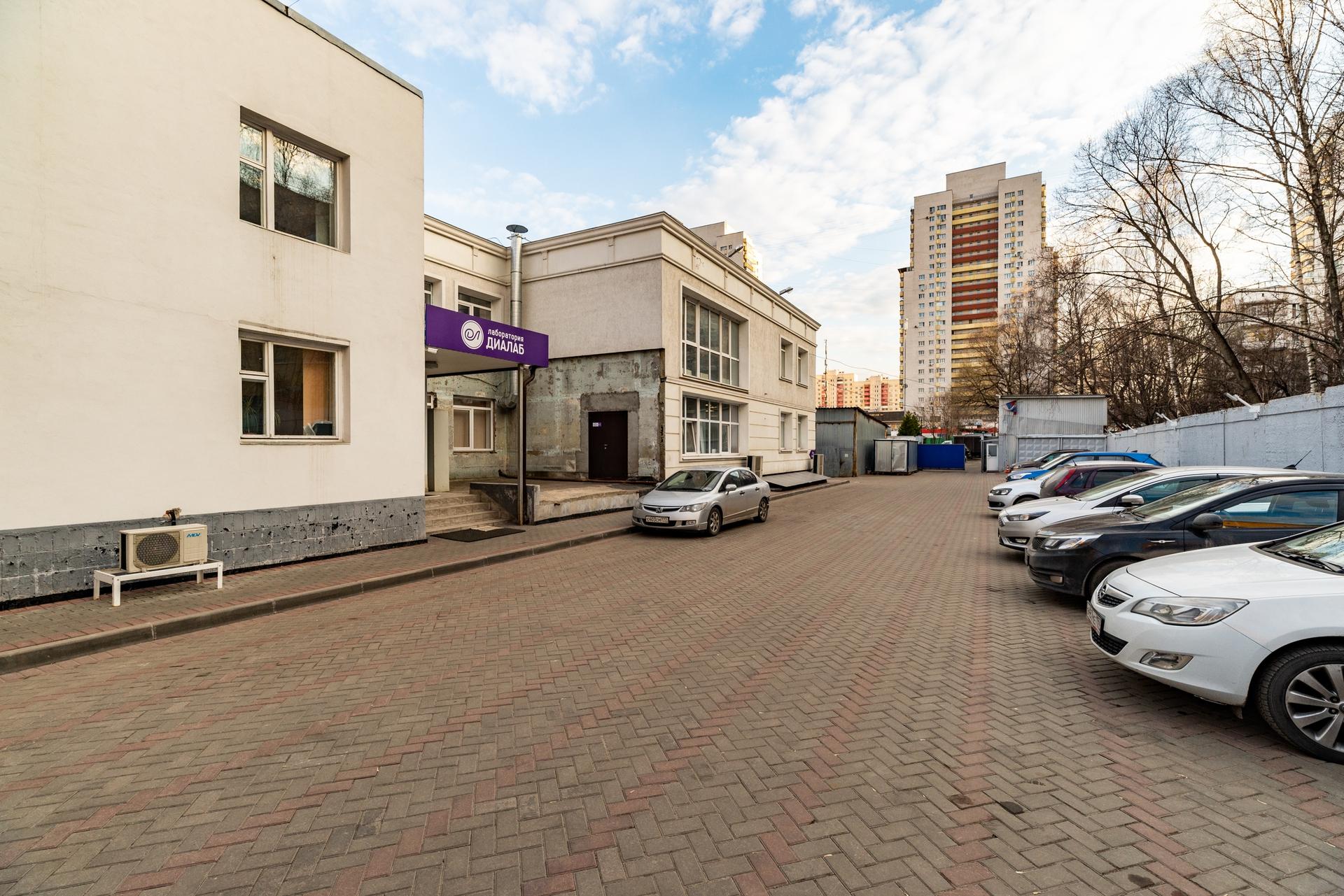 Здание 2000 кв +участок 31 сотка 7