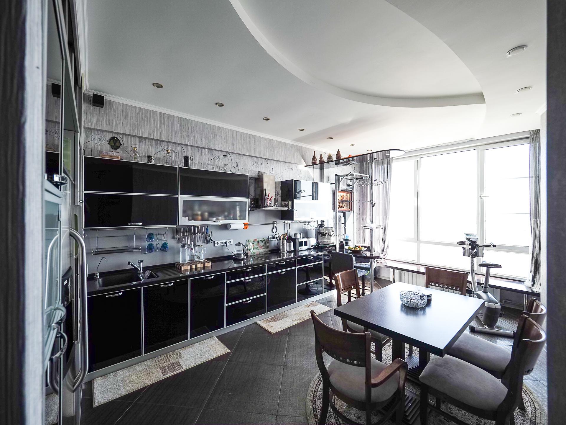 видовая квартира 22 этаж 100 Кв м 27