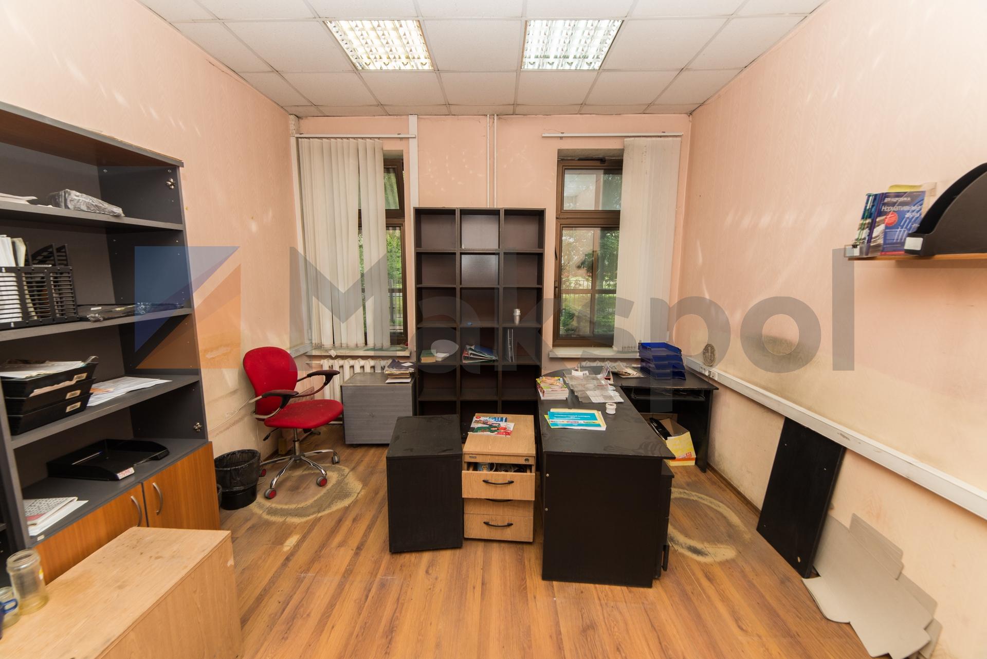 Светлый офис 4