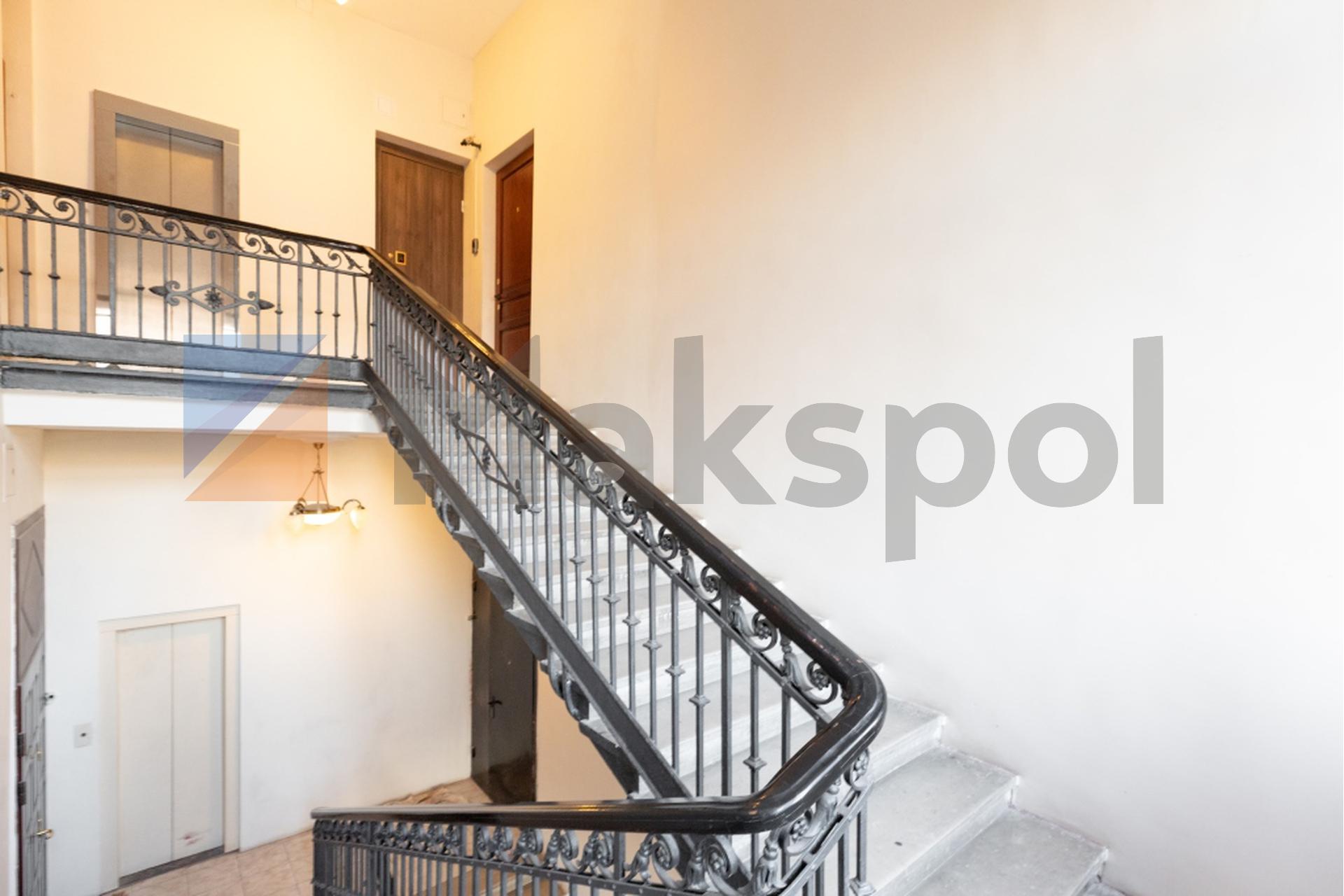 Двухэтажная квартира 12