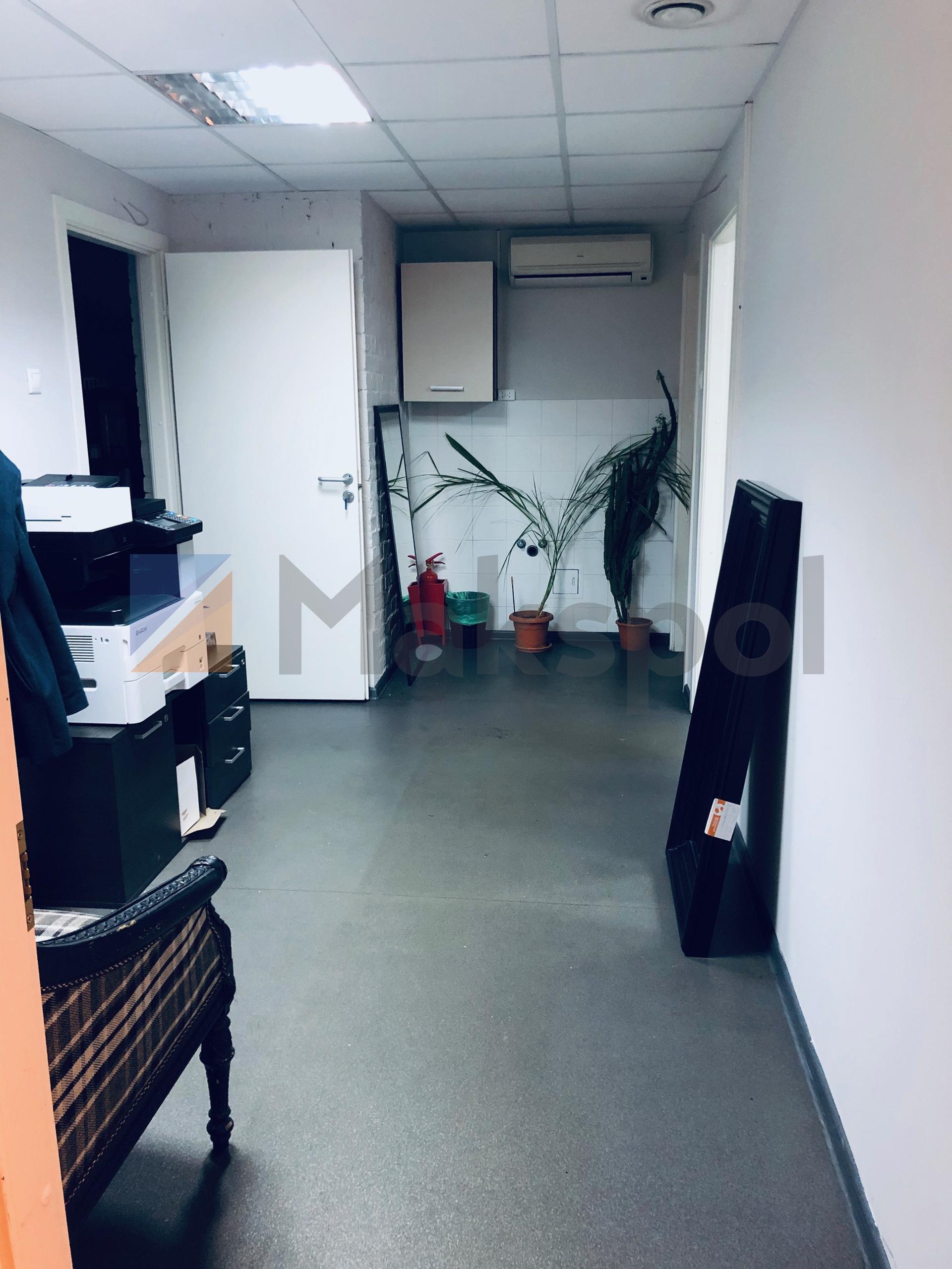 Офис рядом с Маяковской 9