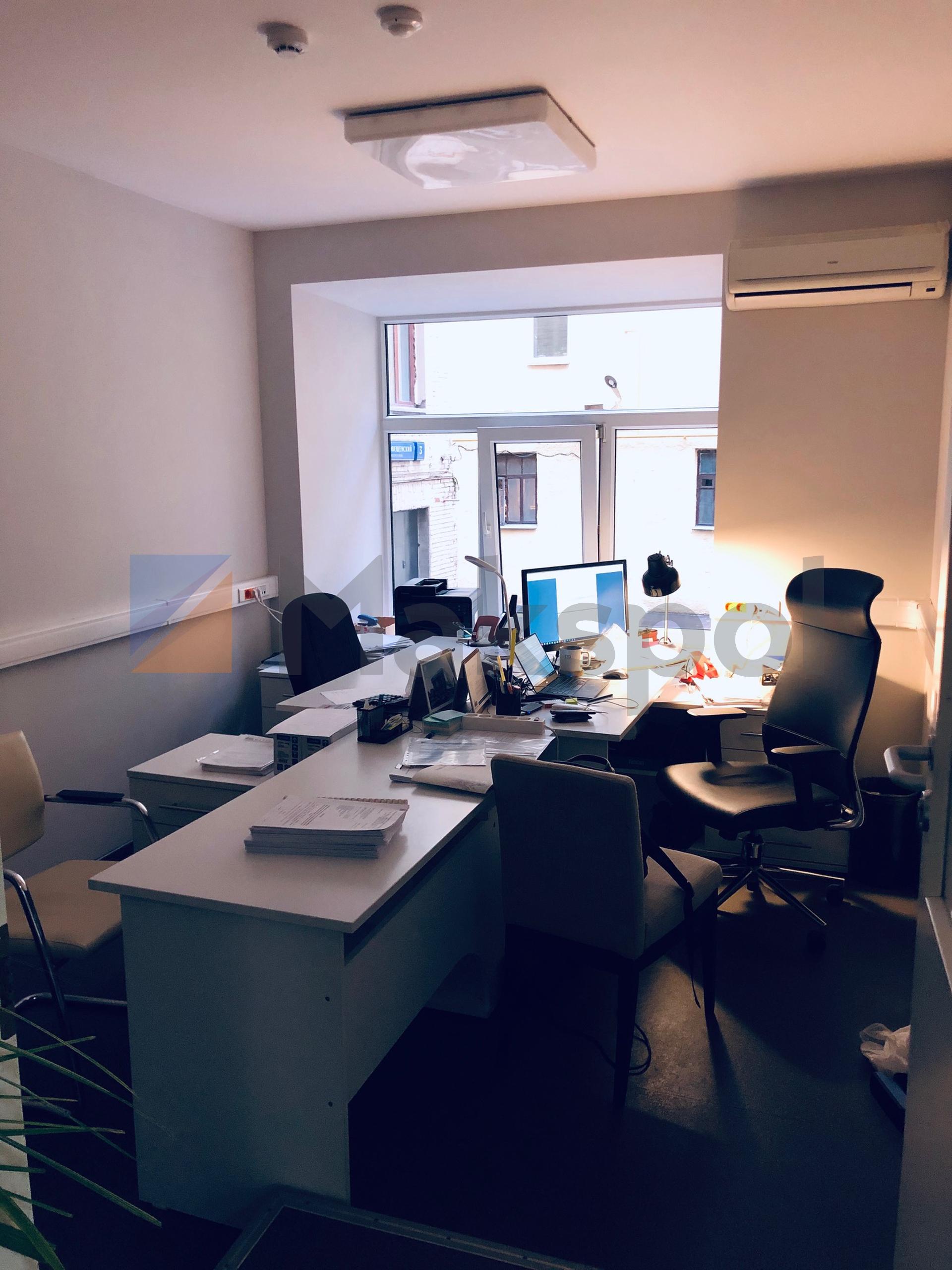 Офис рядом с Маяковской 4