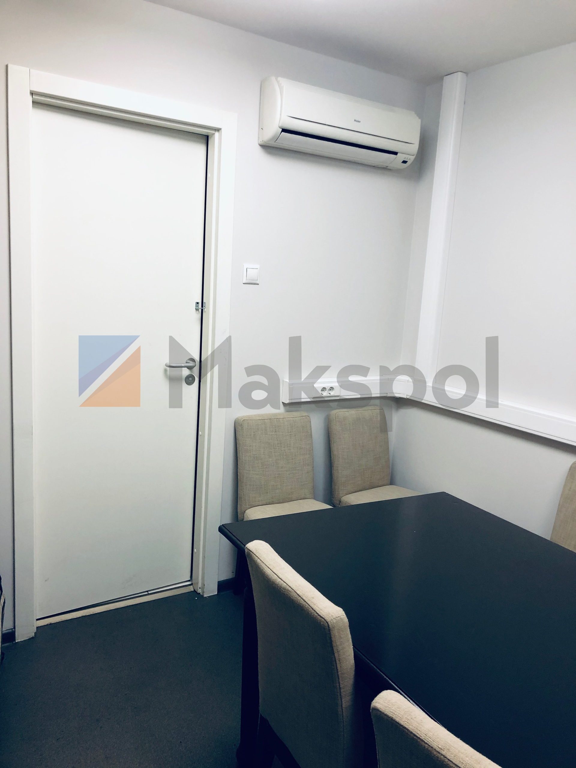Офис рядом с Маяковской 12