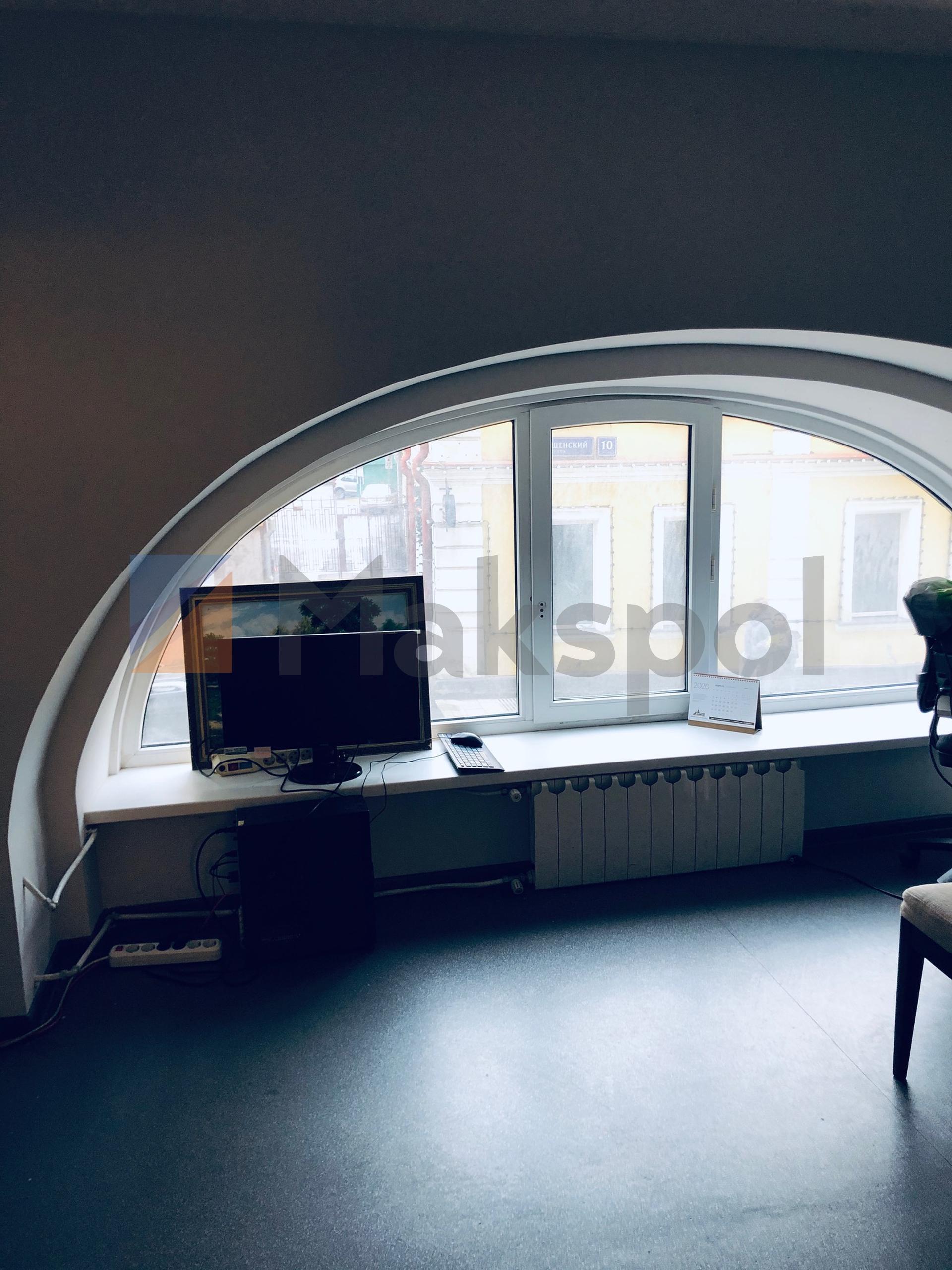 Офис рядом с Маяковской 17