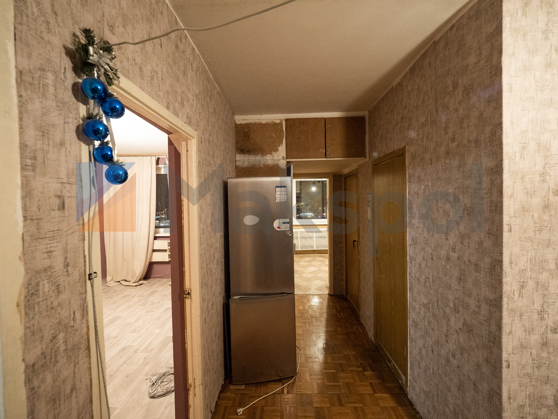 Распашонка! кухня 10,3 кв.м. 11