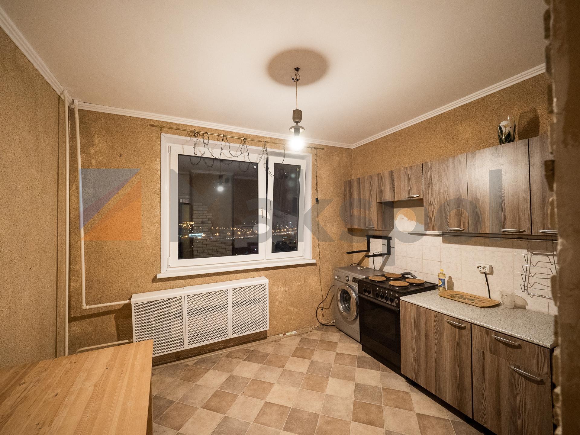 Распашонка! кухня 10,3 кв.м. 3
